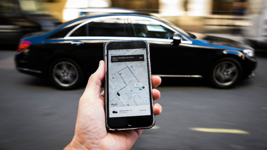 Uber App Phone - Getty - H 2017