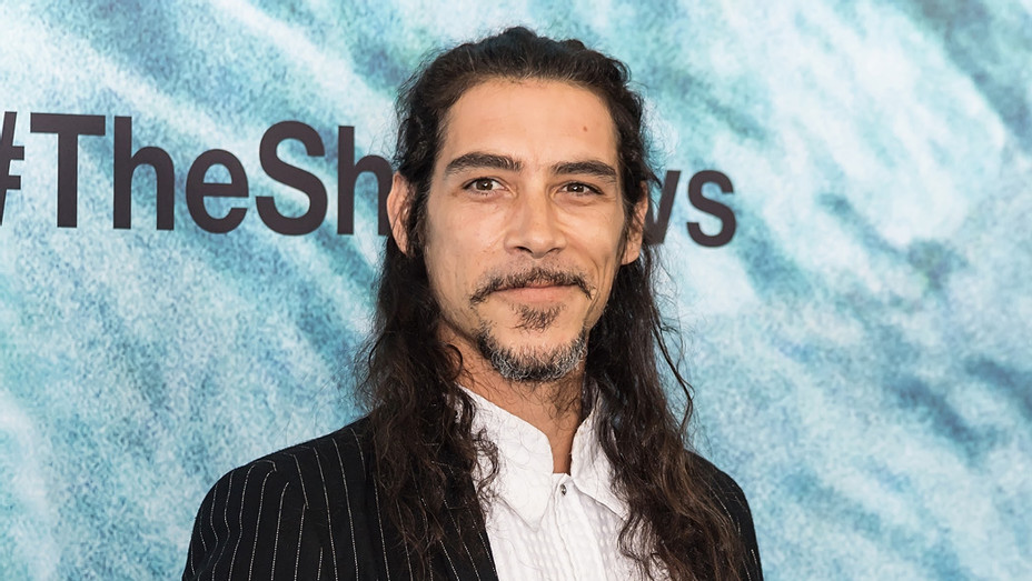 Oscar Jaenada attends 'The Shallows' World Premiere - Getty - P 2017