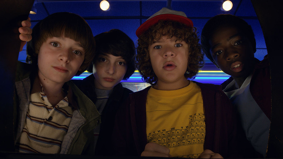 Stranger Things S02 Still 6 - Publicity - H 2017