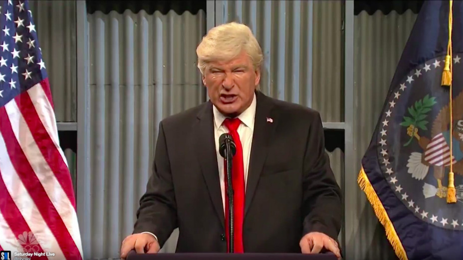 Alec Baldwin as Trump on 'SNL' - H 2017