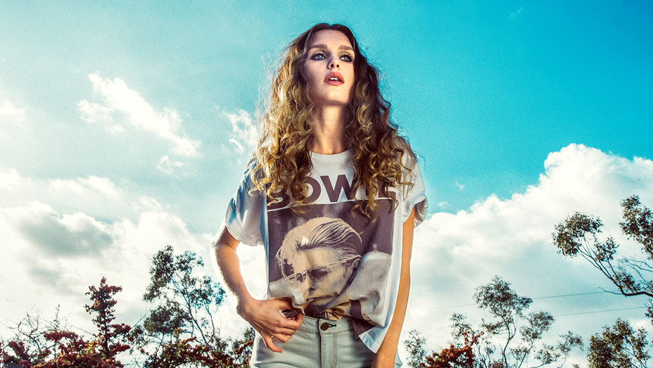 Alice and Olivia - David Bowie Tshirt- Publicity - H 2017