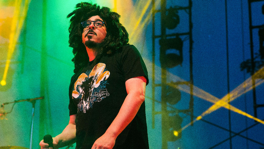 Counting Crows 2014 Performance - Getty - H 2017