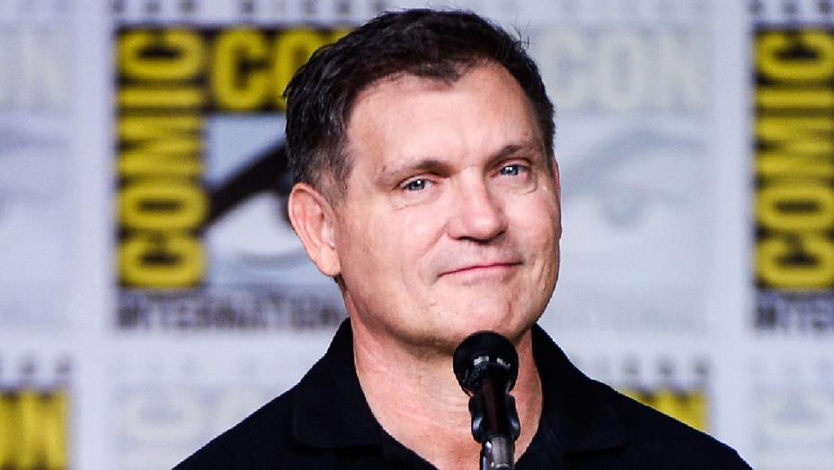 Kevin Williamson - 2016 The Vampire Diaries Comic-Con - Getty - H 2017
