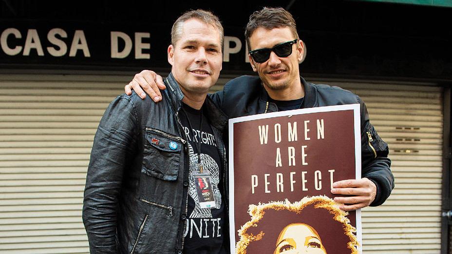 Shepard Fairey and James Franco - Women's March Los Angeles - Getty - H 2017