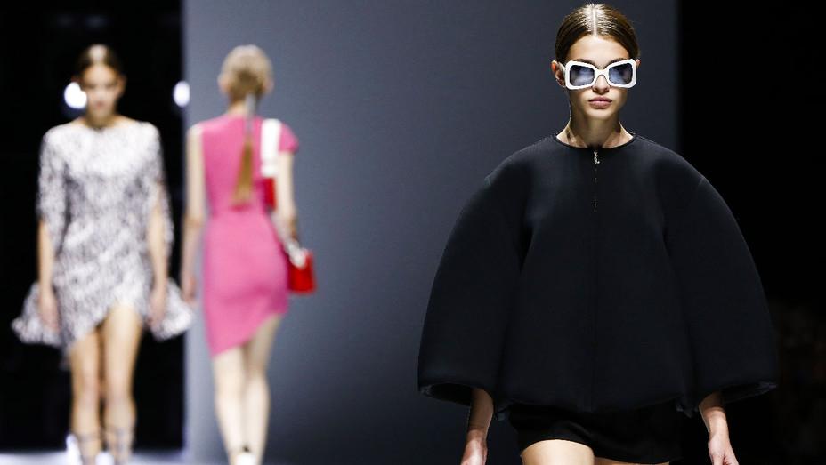 Lanvin Paris Fashion Week - Getty - H 2017