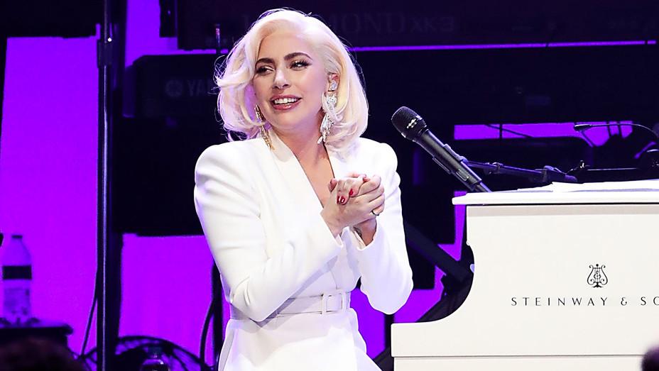 Lady Gaga - Hurricane Harvey Benefit Performance - Getty - H 2017