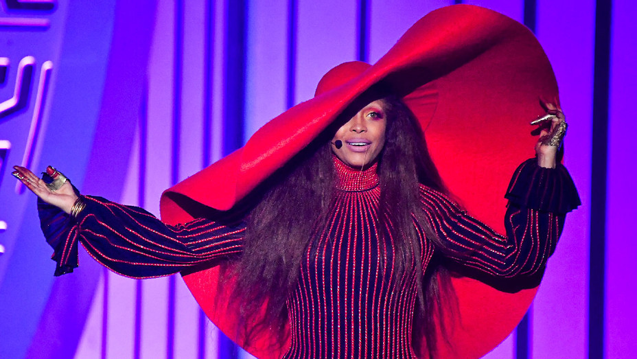 Erykah Badu - Soul Train Music Awards - Getty - H 2017