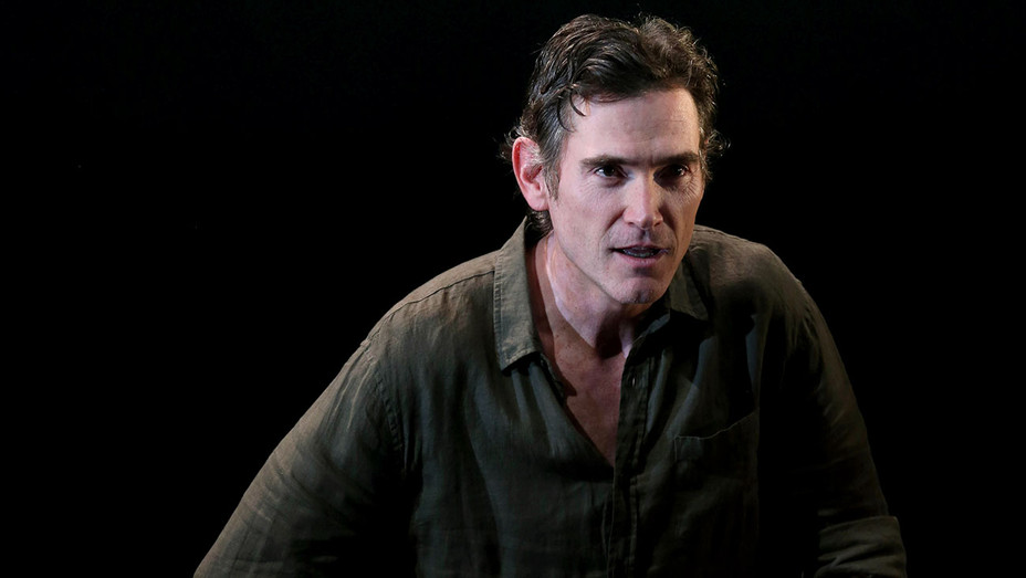 Harry Clarke -Billy Crudup - Production Still - Publicity-H 2017