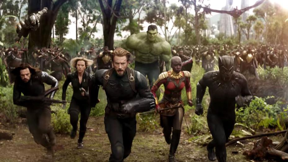 Marvel Studios' Avengers Infinity War Official Trailer - Screen Shot 2- H 2017