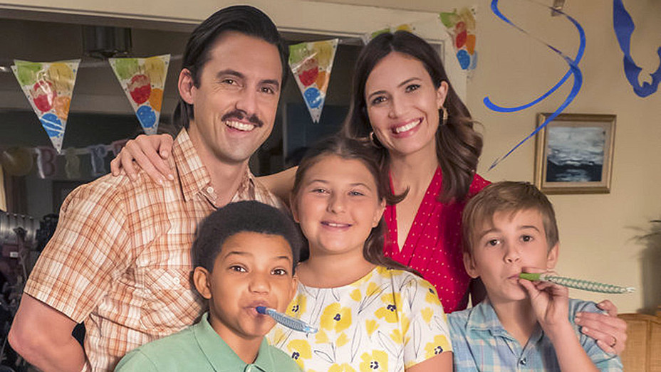 THIS IS US  -  Episode 210 - Lonnie Chavis -Mandy Moore and kids - Publicity-H 2017