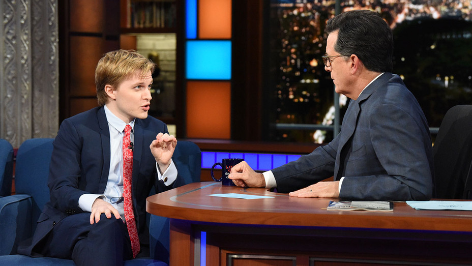 The Late Show with Stephen Colbert and guest Ronan Farrow - Publicity - H 2017