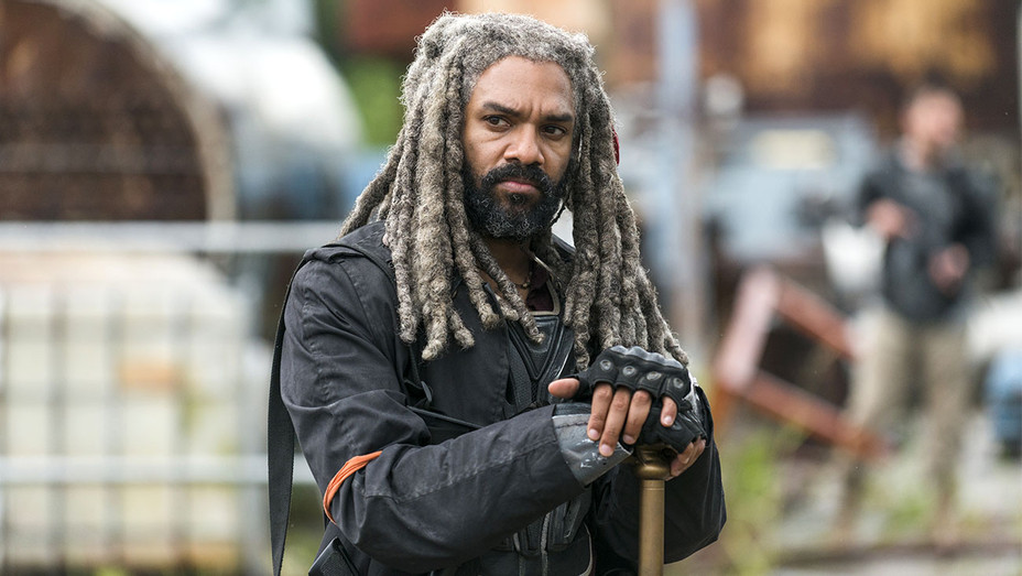 The Walking Dead - Khary Payton as Ezekiel 2- Publicity-H 2017