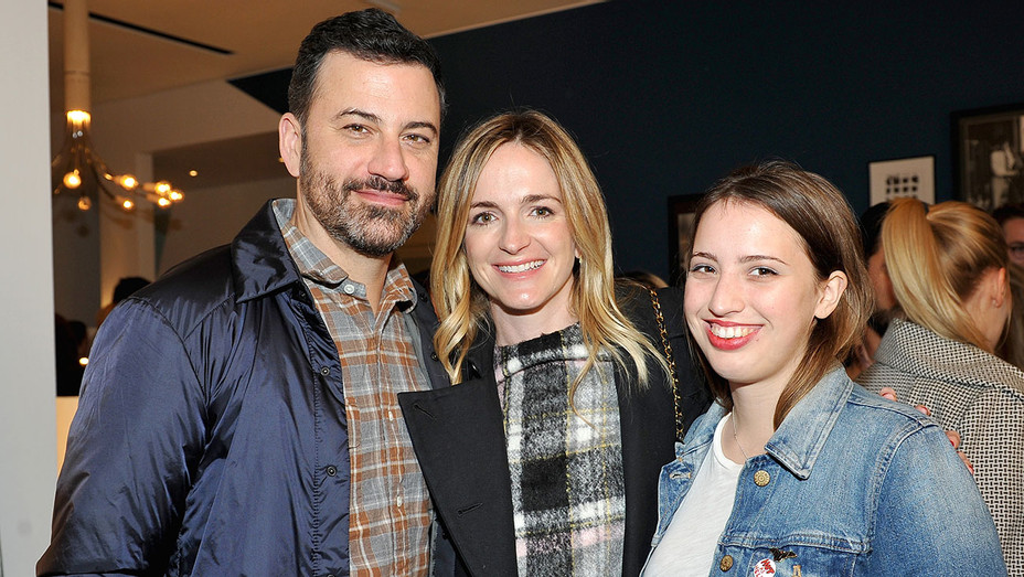 Opening of Consort - Jimmy Kimmel, Molly McNearney and artist Katie Kimmel - Getty-H 2017