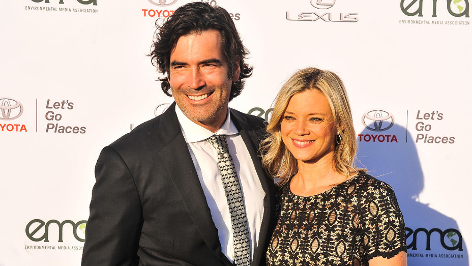 Carter Oosterhouse and Amy Smart - Environmental Media Association's 27th Annual EMA Awards - Getty - H 2017