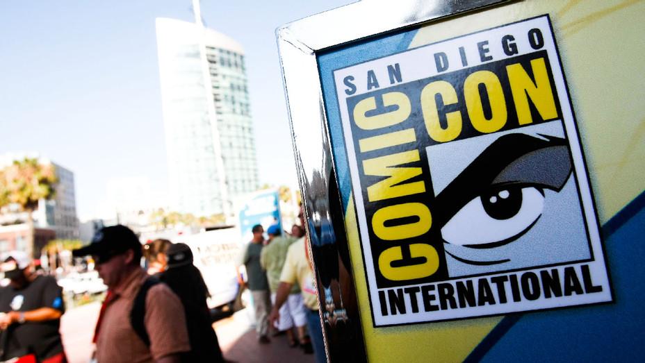 2016 San Diego Comic Con - Getty - H 2017