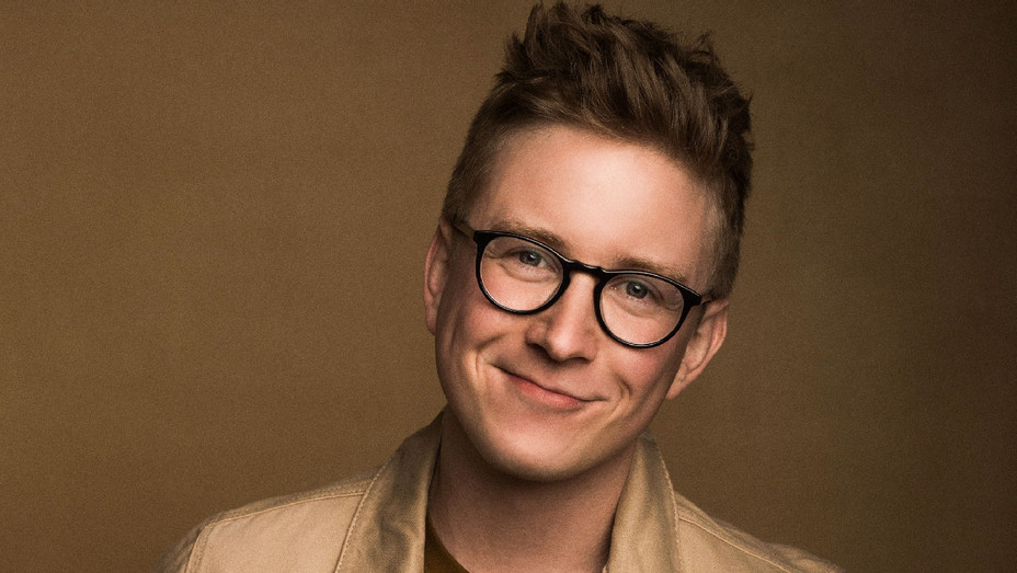 YouTube Star Tyler Oakley Signs With WME (Exclusive ...