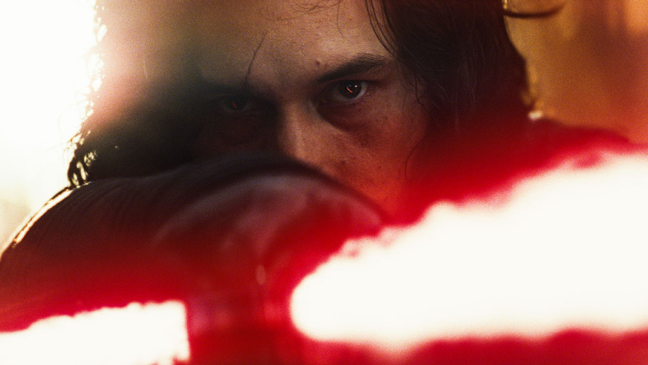 Star Wars: The Last Jedi Still 43 - Publicity - H 2017