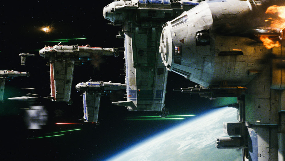 Star Wars: The Last Jedi Still 39 - Publicity - H 2017