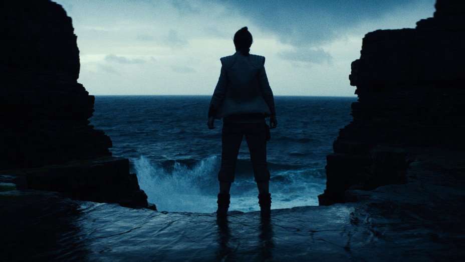Star Wars: The Last Jedi Still 38 - Publicity - H 2017