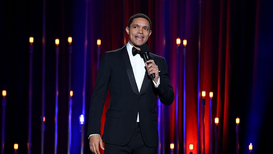Trevor Noah The Daily Show's The Yearly Show 2017 - Publicity - H 2017