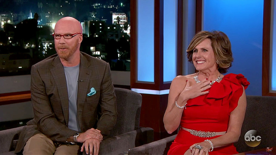Jimmy Kimmel Interviews Rose Parade Hosts Cord & Tish - Will Ferrell and Molly Shannon- Screen Shot-H 2017