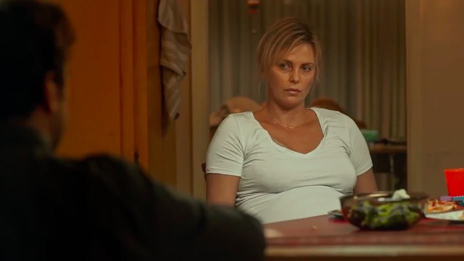 Charlize Theron - Tully Teaser Still - H 2018