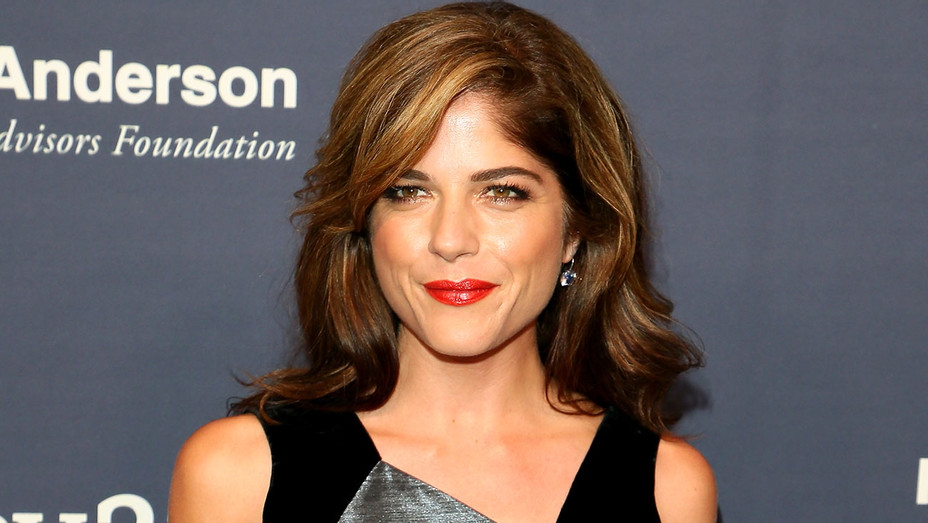 Selma Blair attends the 2017 Baby2Baby Gala -Getty-H 2018
