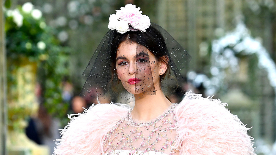 Kaia Gerber walks the runway during the Chanel Spring Summer 2018  -Getty-H 2018