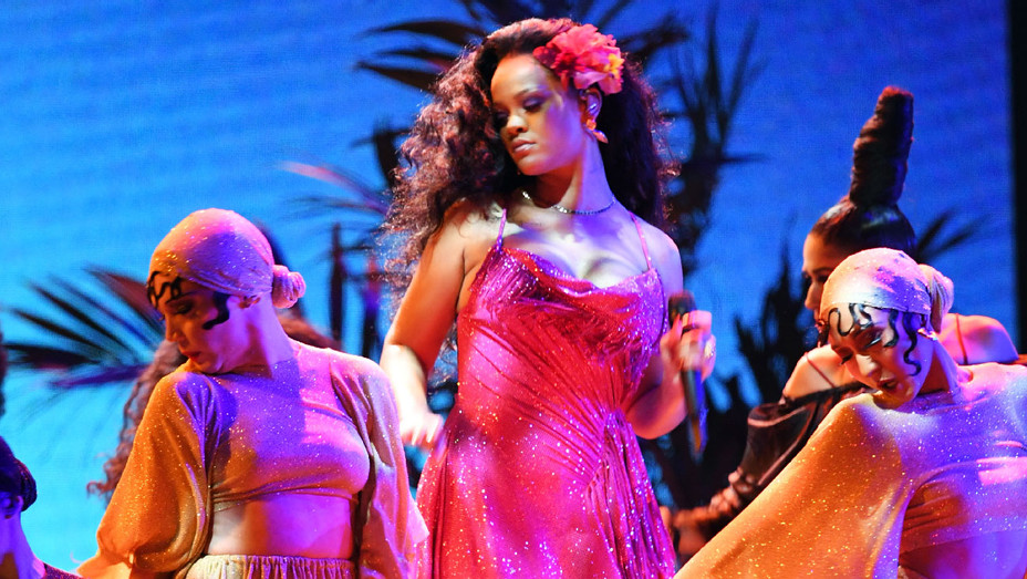 Rihanna - Grammys Performance - Getty - H 2018