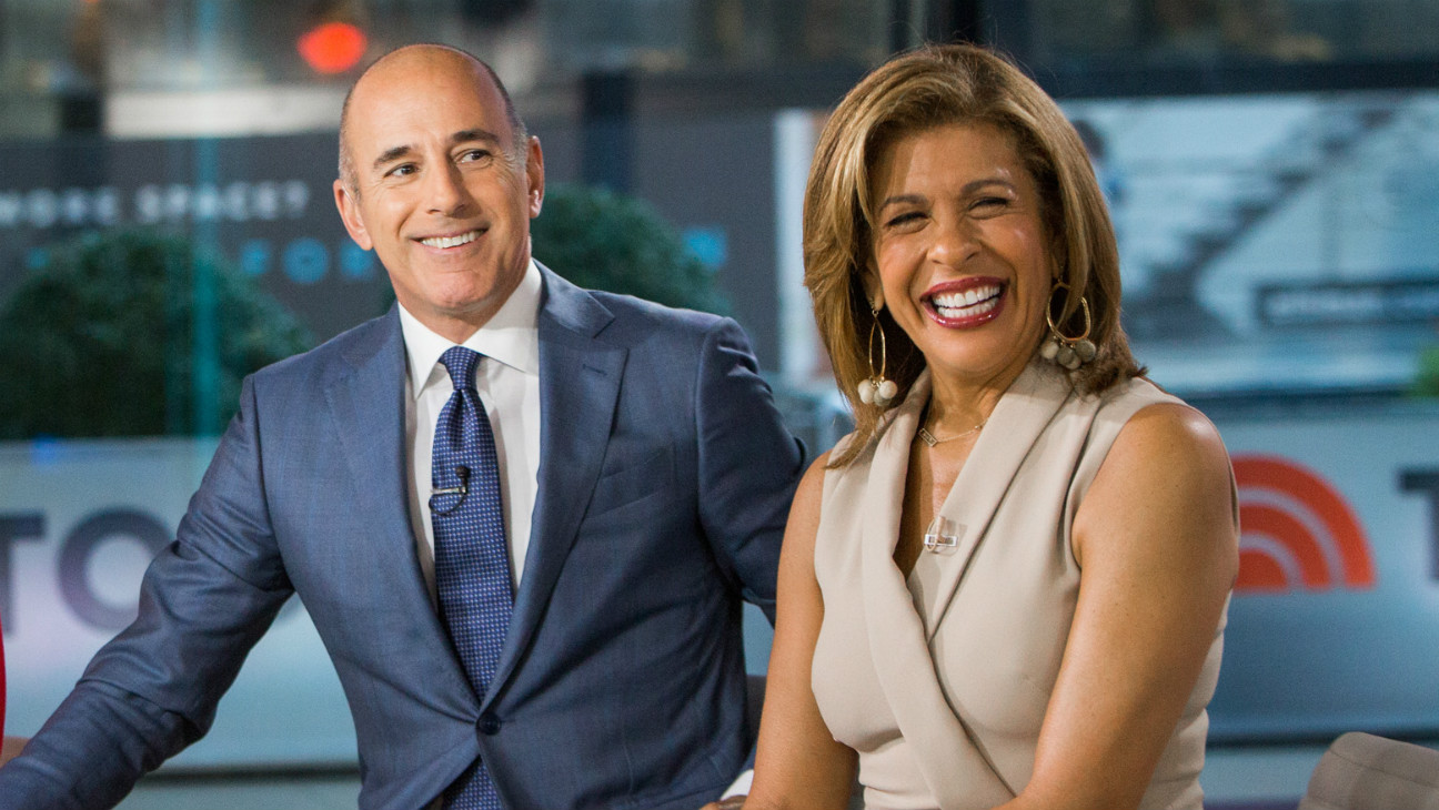 Hoda Kotb S Today Salary Far Less Than Matt Lauer S Hollywood Reporter
