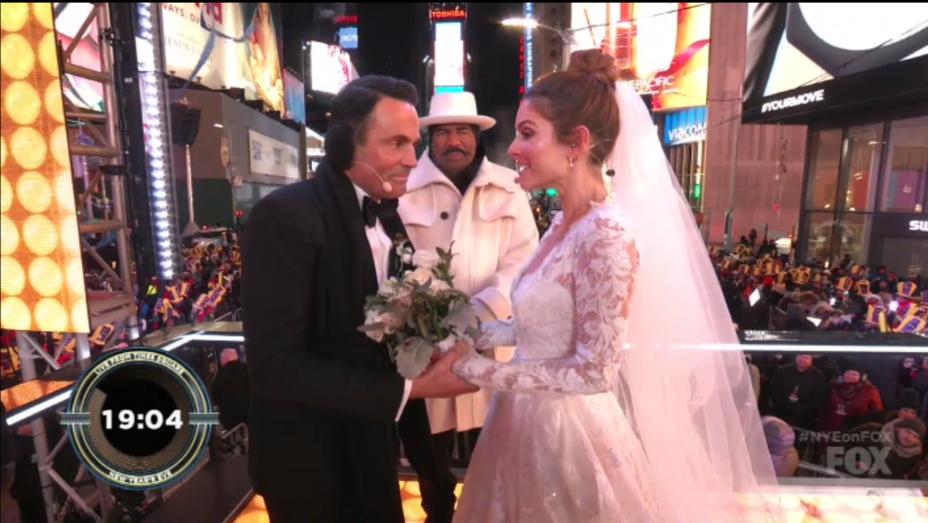 Maria Menounos NYE Wedding - Screengrab - H 2017