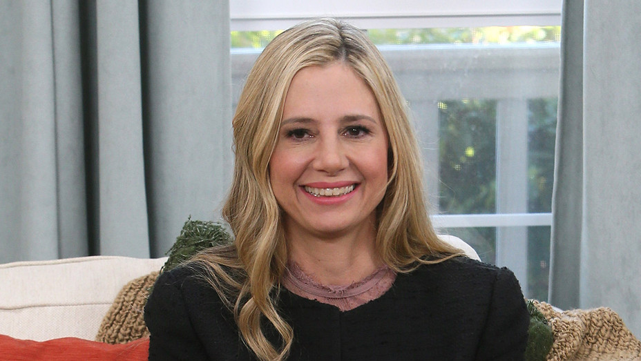 Mira Sorvino - Getty - H 2017