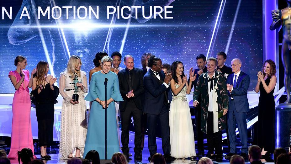 Three Billboards Cast_SAG_Onstage - Getty - H 2018