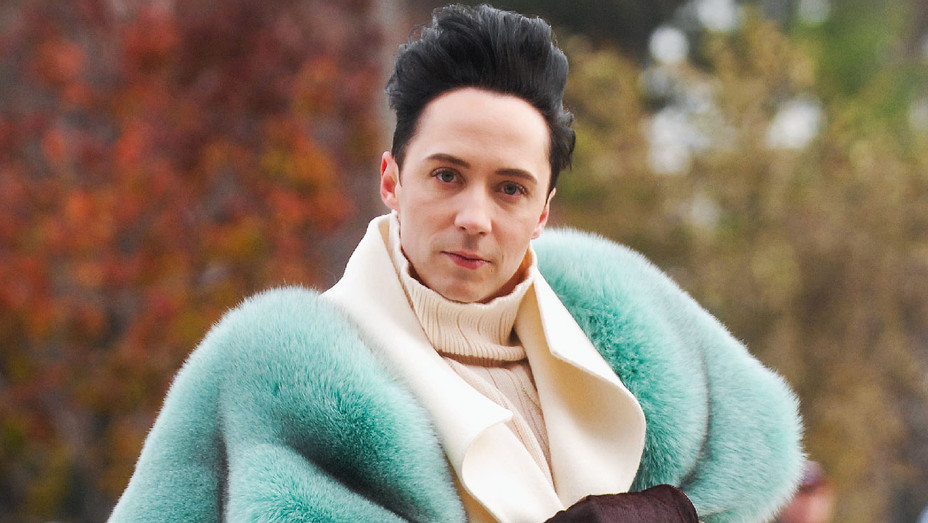Johnny Weir - 2017 91st America's Thanksgiving Day Parade - Getty - H 2018