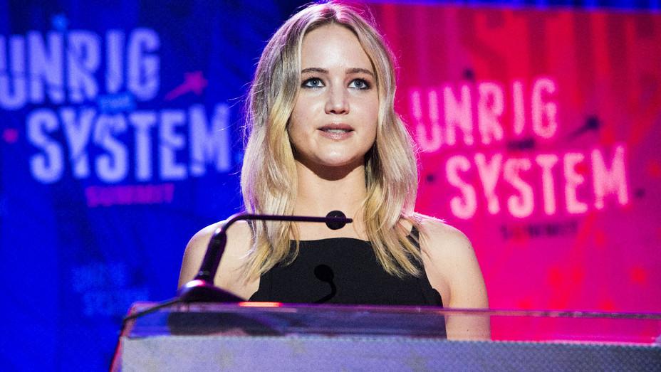 Jennifer Lawrence - 2018 Unrig the System Summit - Getty - H 2018