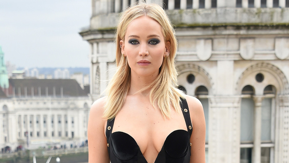 Jennifer Lawrence Red Sparrow Photo call - Getty - H 2018