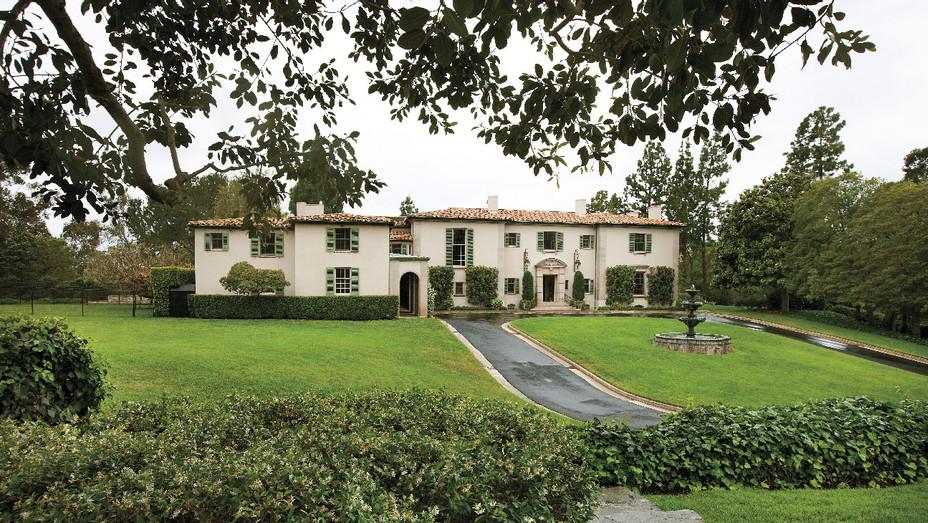 The Owlwood Estate - Publicity - H 2018