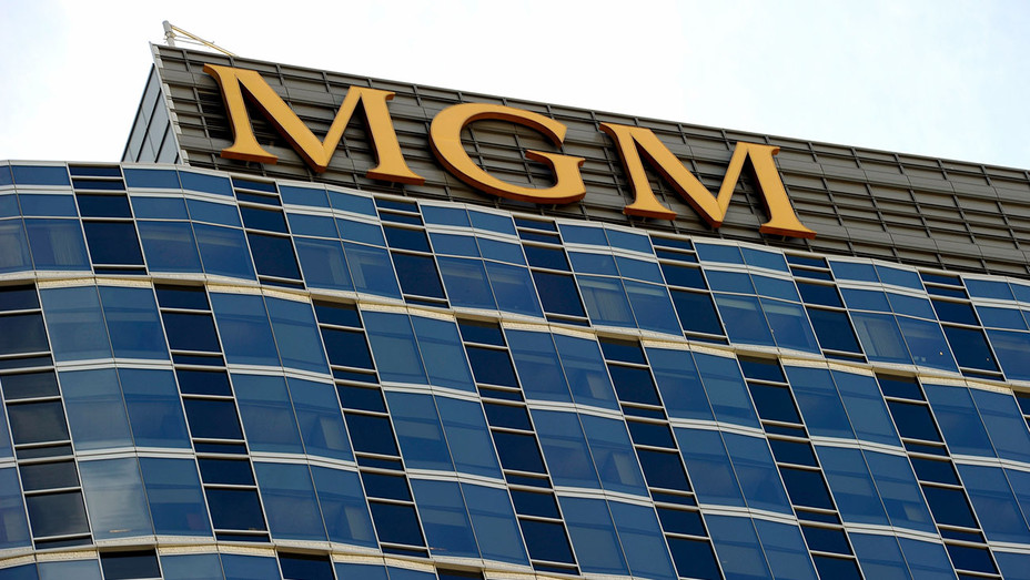 MGM Tower - Century City - Getty-H 2018
