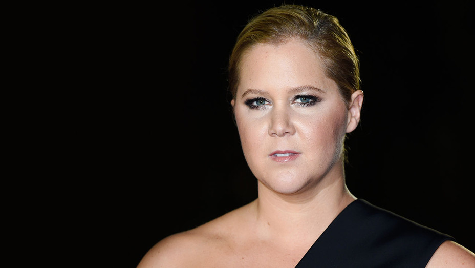 Amy Schumer - 2017 GQ Men of the Year Awards - Getty - H 2018
