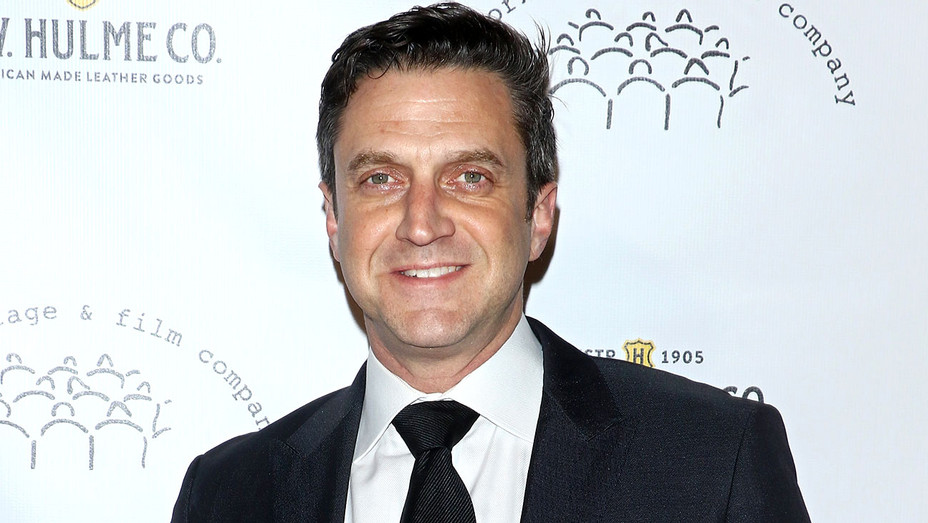 Raul Esparza attends the 2017 New York Stage and  Film Winter Gala - Getty-H 2018