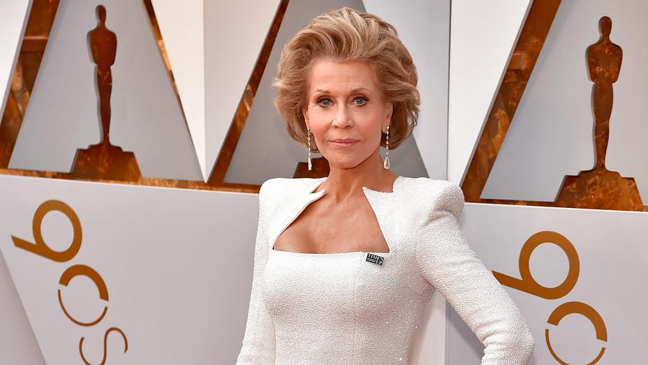 Jane Fonda Earrings Oscars - Getty - H 2018