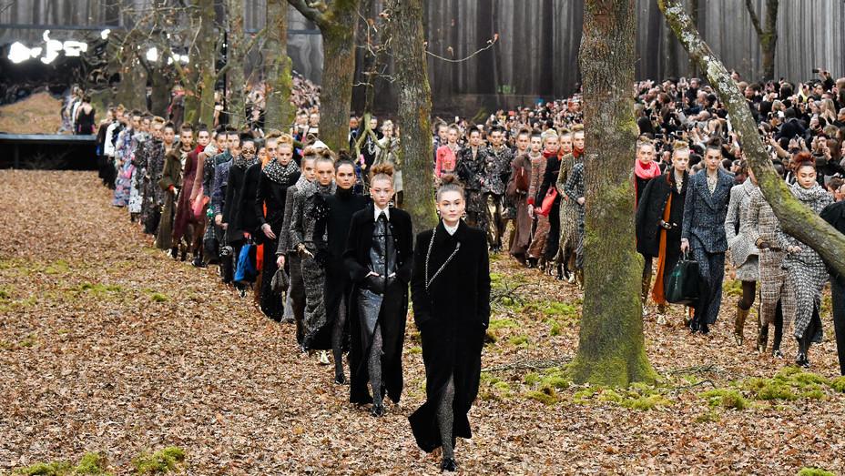 Chanel Runway Paris Fashion Week - Getty - H 2018