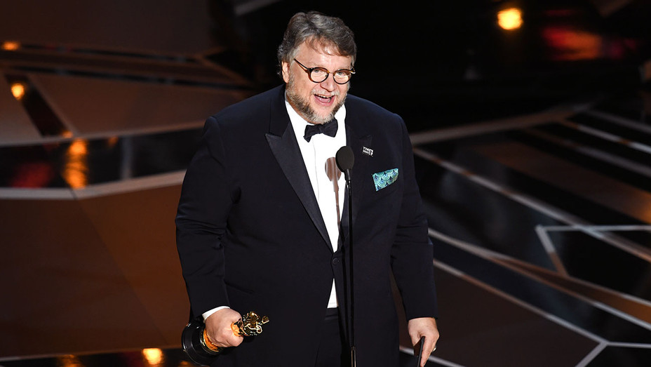 Guillermo del Toro_Oscars_Onstage - Getty - H 2018