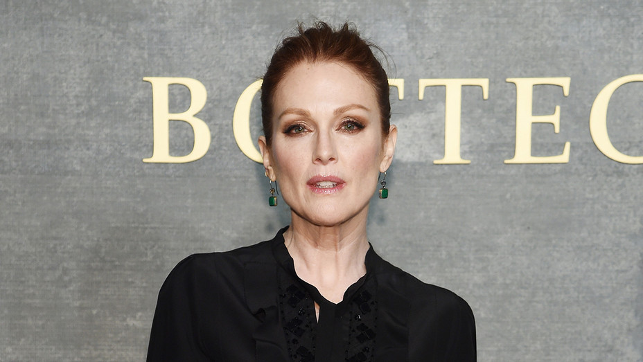 Julianne Moore_Serious - Getty - H 2018