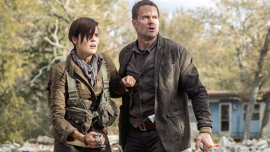 Fear the Walking Dead - Season 4, Episode 1 -Maggie Grace and Garret Dillahunt-Publicity-H 2018