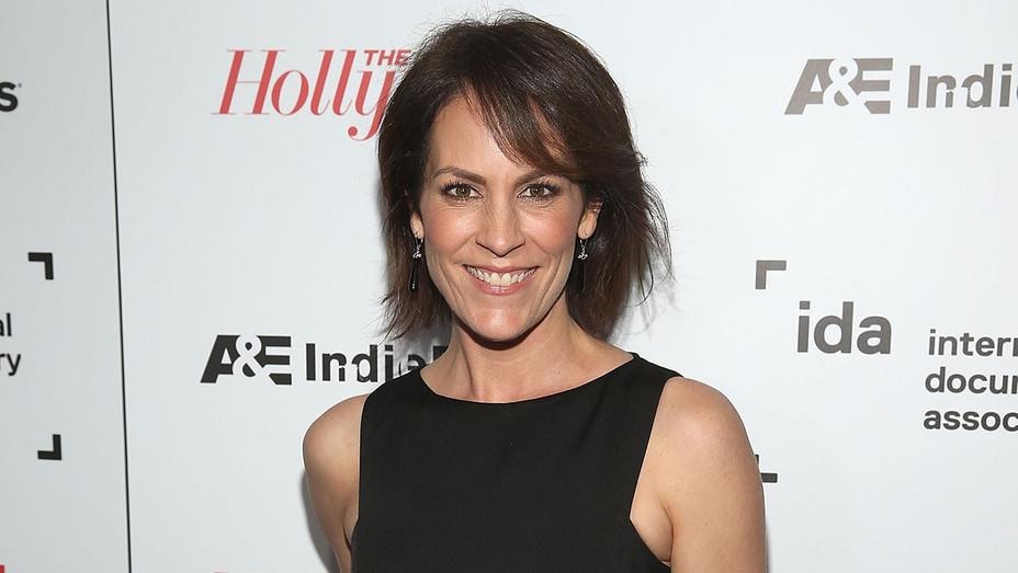 Annabeth Gish - Getty H - 2018