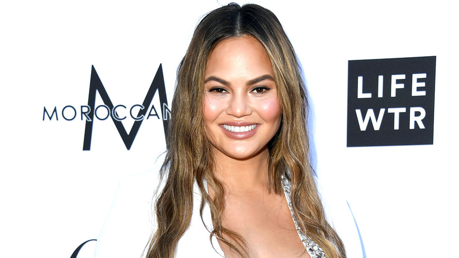 Chrissy Teigen attends The Daily Front Row's 4th Annual Fashion -Getty-H 2018