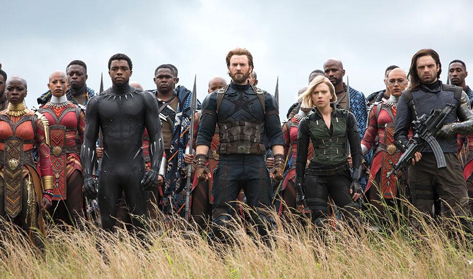 Marvel Studios AVENGERS INFINITY WAR - EMBED 2018