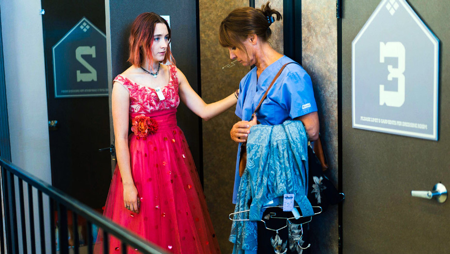 Lady Bird Still Saoirse Ronan and Laurie Metcalf - Photofest - H 2018