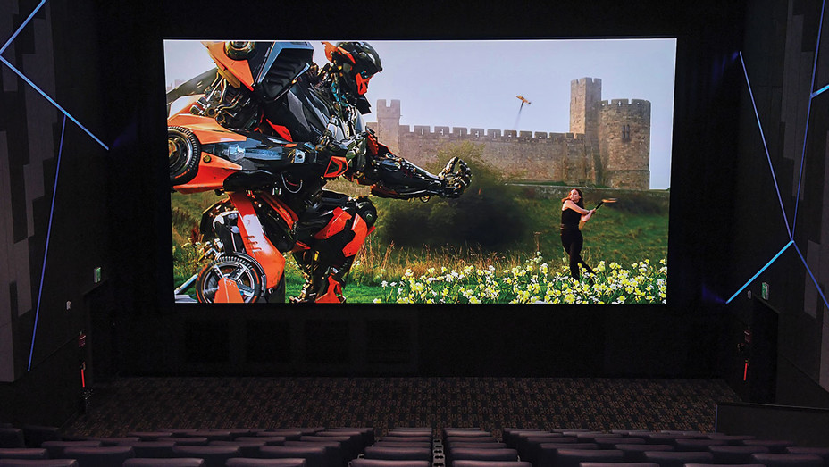 Theater_LED_Wall - Publicity - H 2018